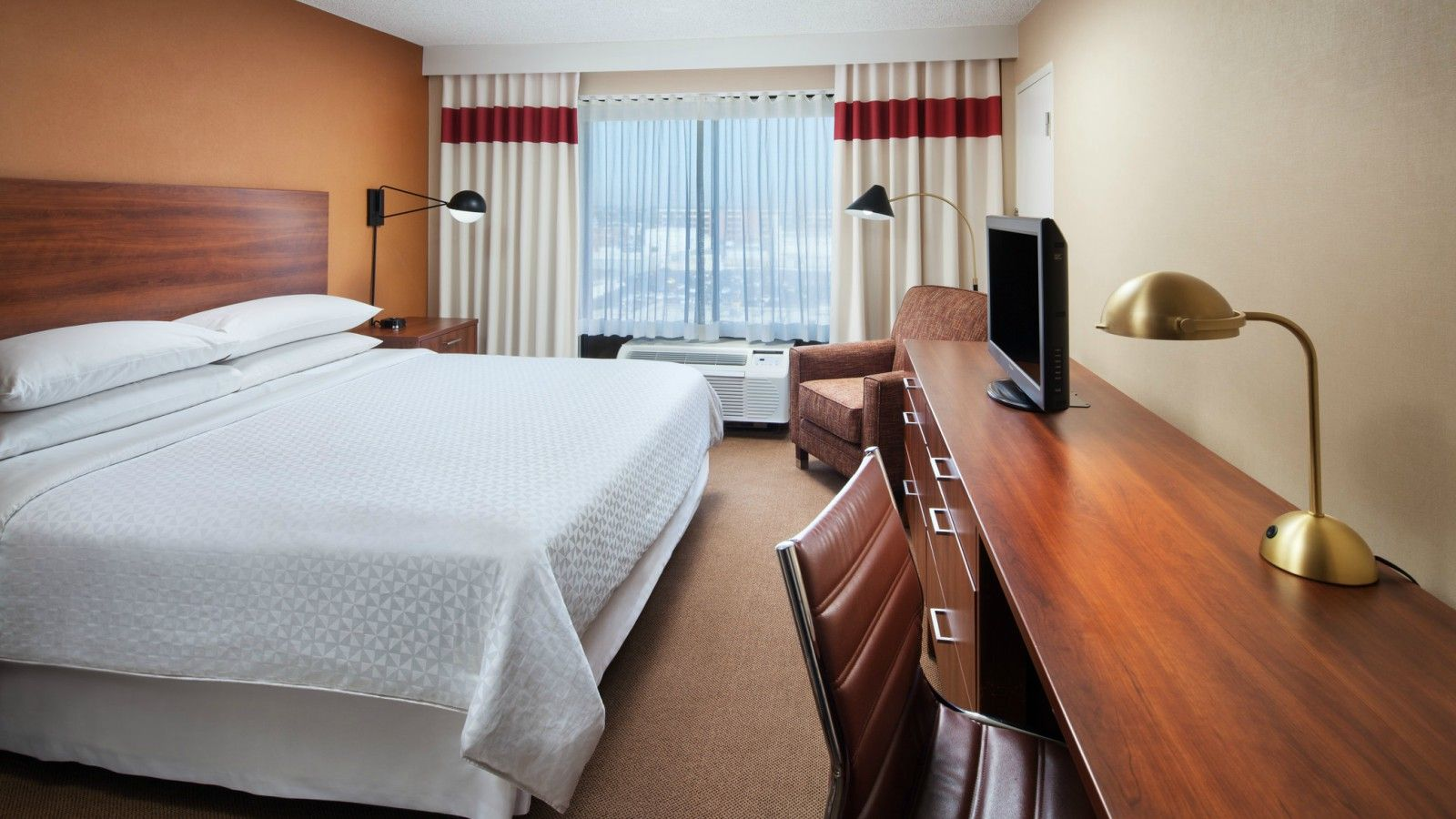 Meeting rooms near LAX - guest rooms